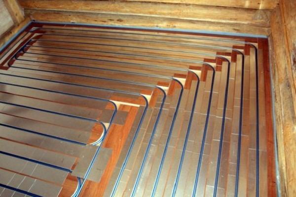 Теплый пол по деревянным лагам