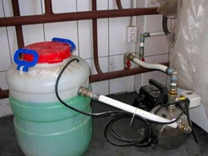 залив жидкости в отопительную систему