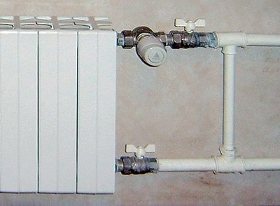 подключение радиатора с шаровыми кранами и байпаса